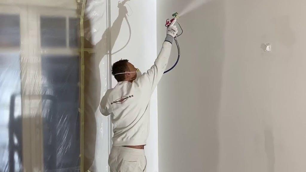 huisschilder-latex-spuiten