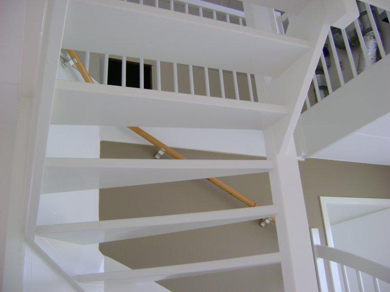 nieuwbouw-trap-schilderen